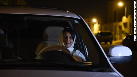 Live updates: Saudi women get behind wheel as driving ban ends